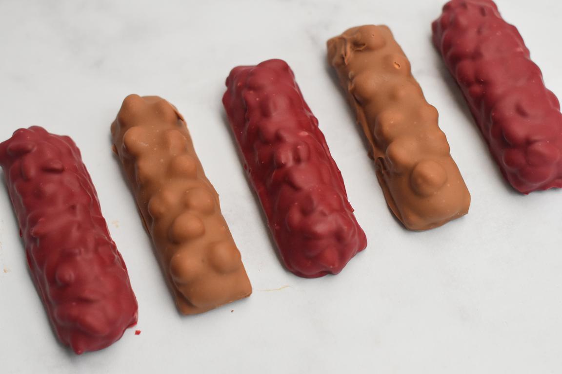 Barres chocolatées au caramel et fruits secs