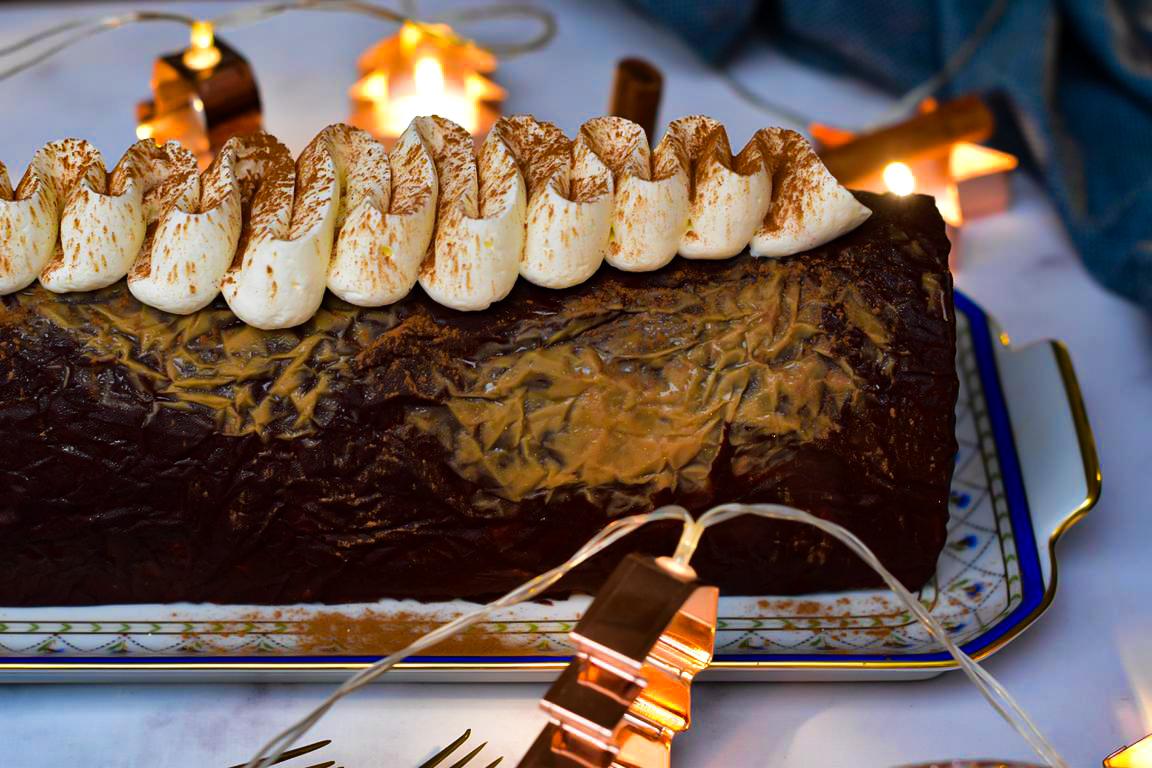 """Bûche """"comme un chocolat chaud"""", chocolat & cannelle"""