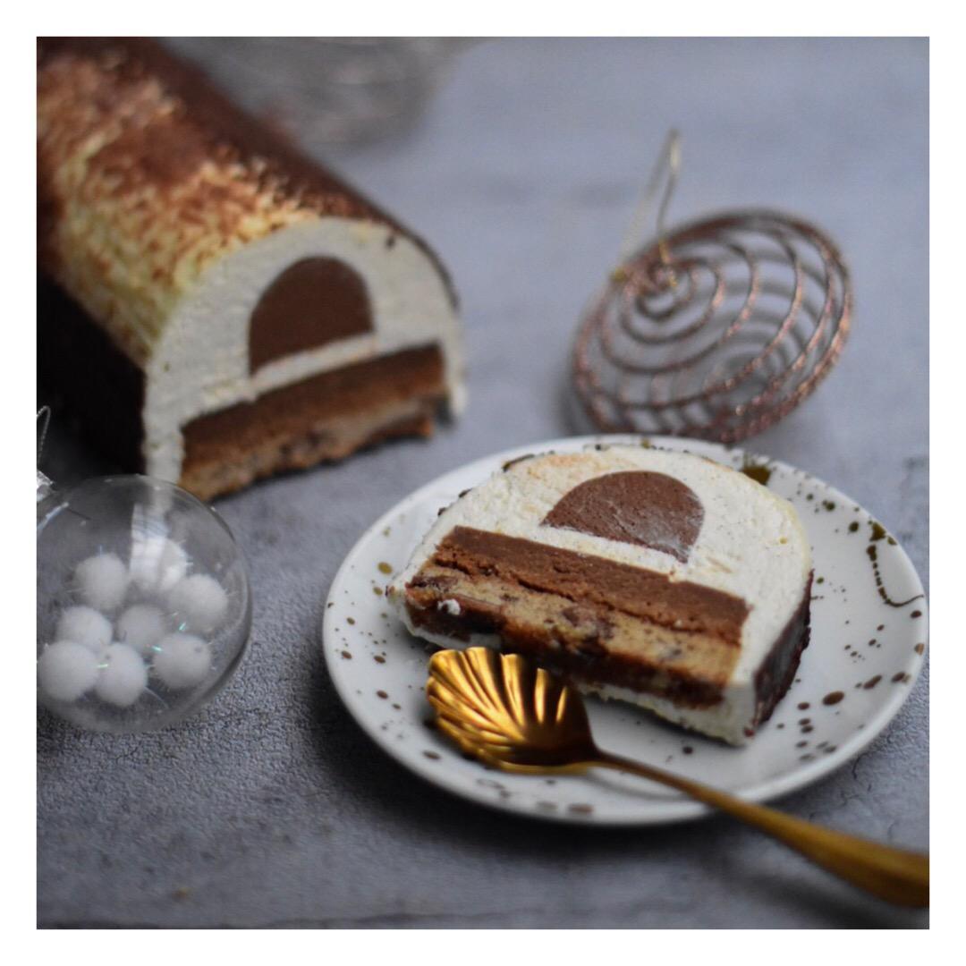 Bûche cookie, vanille & chocolats Valrhona