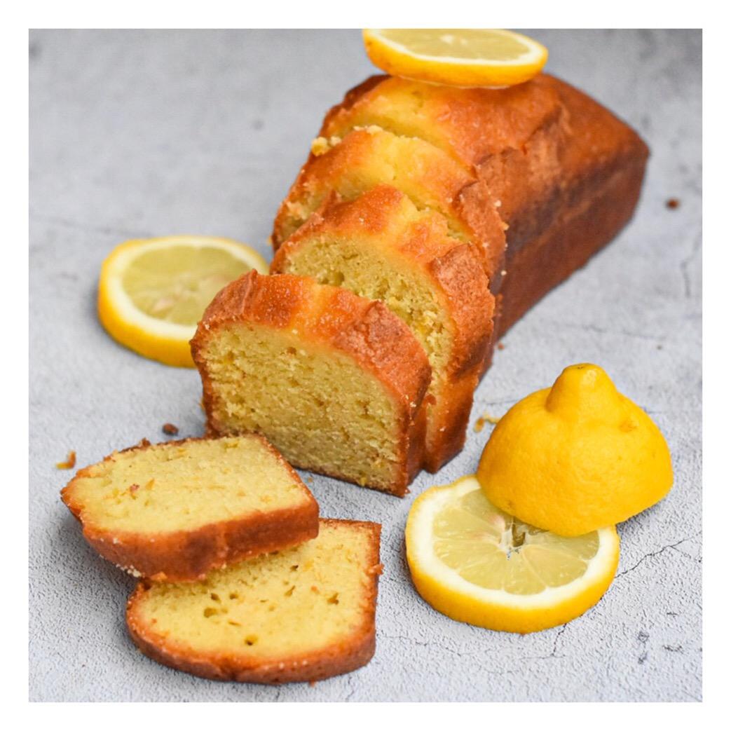 Lemon & olive oil cake (Christophe Bacquié)