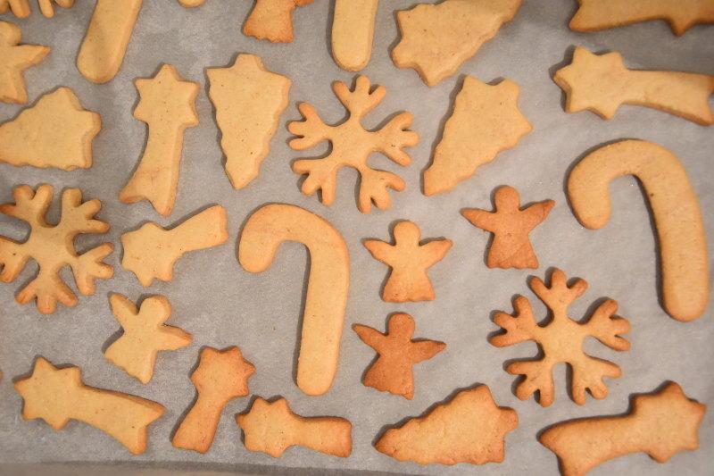 alt christmascookies2