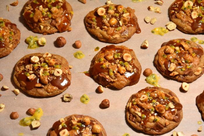 Cookies noisette, chocolat au lait & fruit de la passion (inspiration Cédric Grolet)