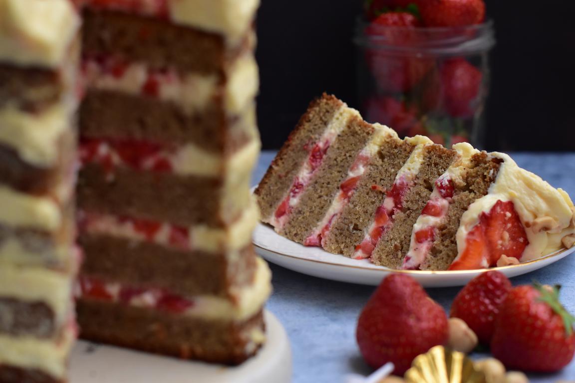 gateau noisette fraise pamplemousse 25