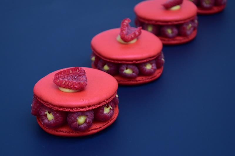 Macarons framboise & fruit de la passion