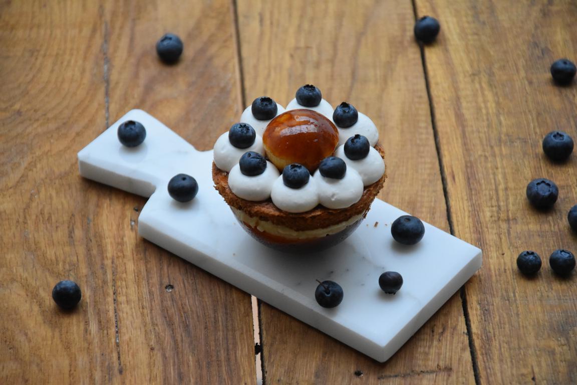 Saint honoré myrtille, orgeat & vanille (2ème du concours de revisite Fou de Pâtisserie)