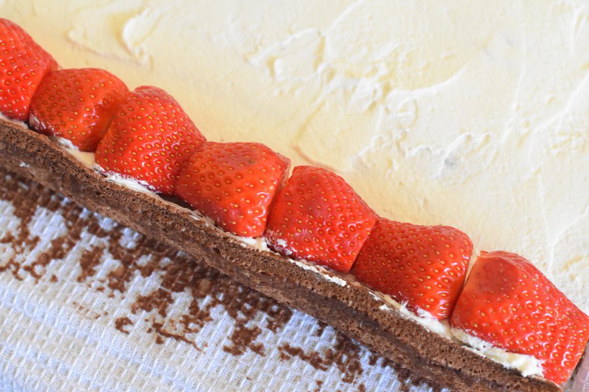 gateau roule choco fraise 14